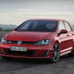 "VW Golf VII a luat titlul ""World Car of the Year 2013"""